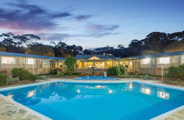 Mercure Kangaroo Island Lodge pool, American River Kangaroo Island accommodation, Exceptional Kangaroo Island Tours