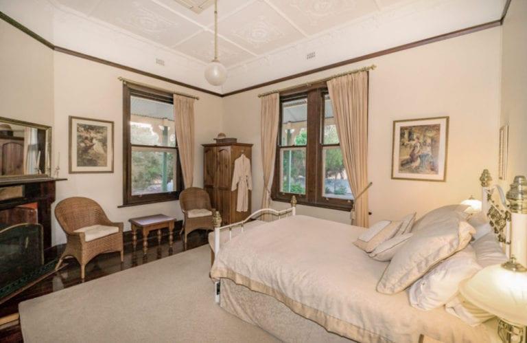 Stranraer Homestead bedroom