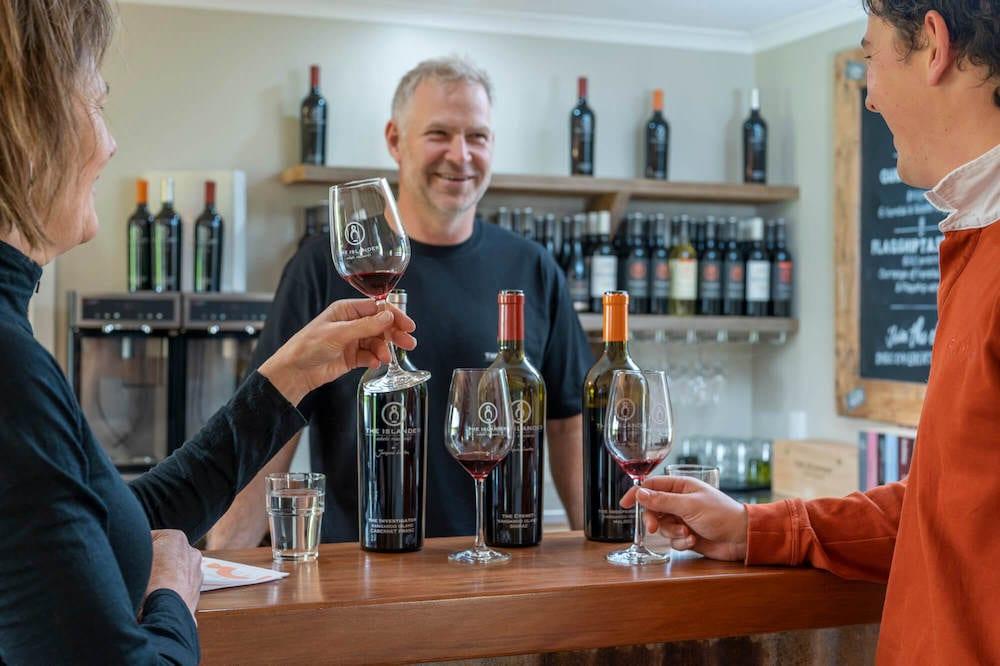 The Islander Estate Vineyards - Wine tasting - Exceptional Kangaroo Island tours